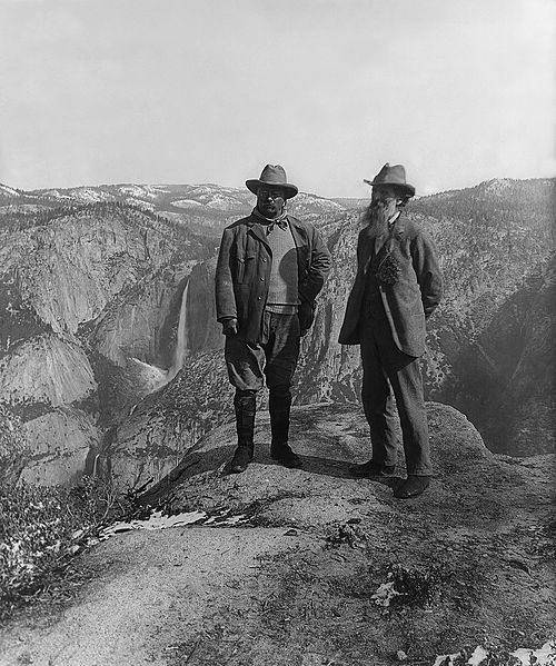 U.S. President Theodore Roosevelt (left) and nature preservationist John Muir, founder of the Sierra Club, on Glacier Point in Yosemite National Park. In the background: Upper and lower Yosemite Falls. 1906